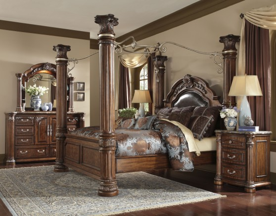 King Bedroom furniture store